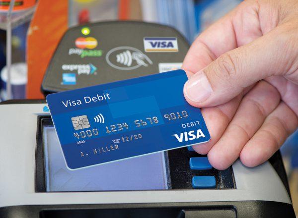 Visa вдвое уменьшила комиссию для общепита